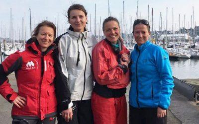 Isabelle participe au Spi Ouest France avec un équipage 100% féminin