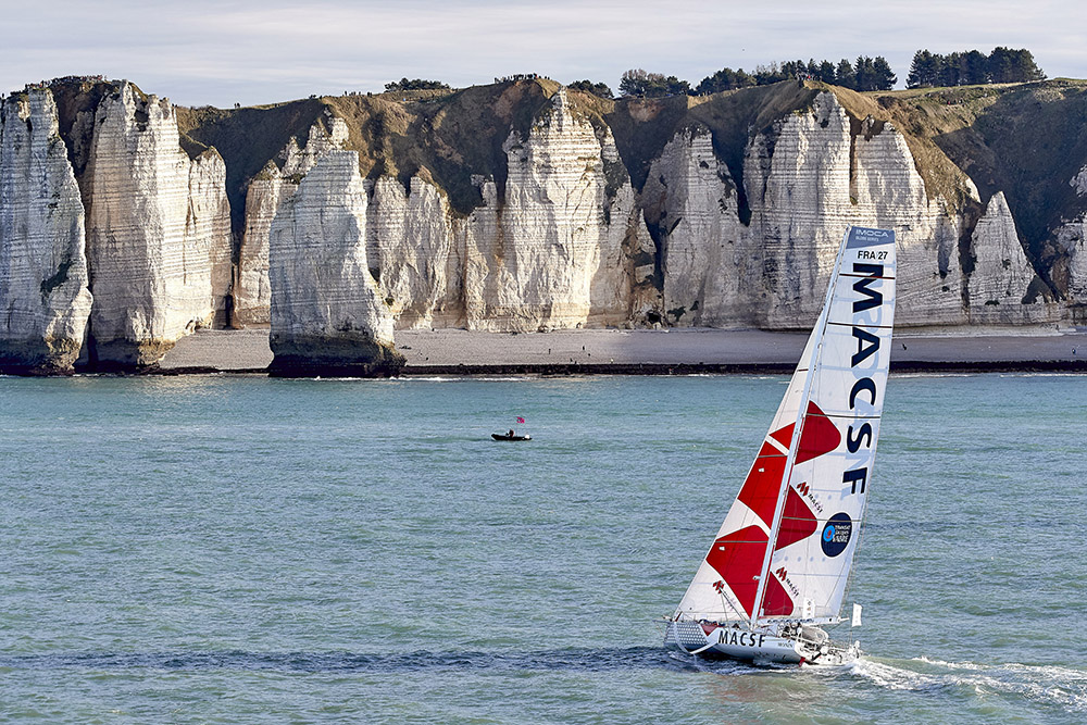 L'IMOCA MACSF fait une halte à Brest