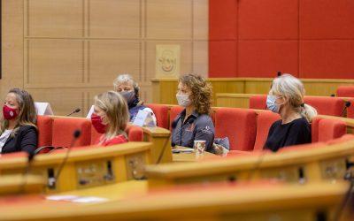 Une matinée au Sénat pour les navigatrices du Vendée Globe